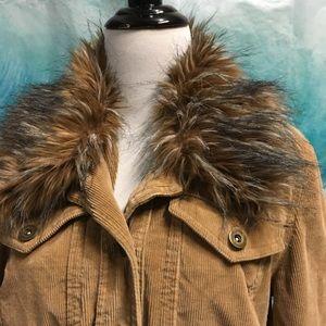 Med, tan Corduroy car jacket w/faux fur color, EUC